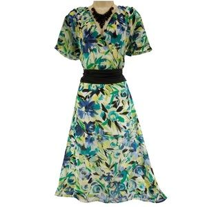 20 2X NWT▪️ELEGANT FLORAL CHIFFON DRESS Plus Size